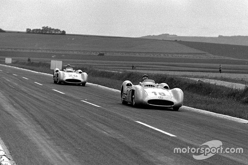 1954: Juan Manuel Fangio dan Karl Kling, Mercedes-Benz W 196 Streamliner