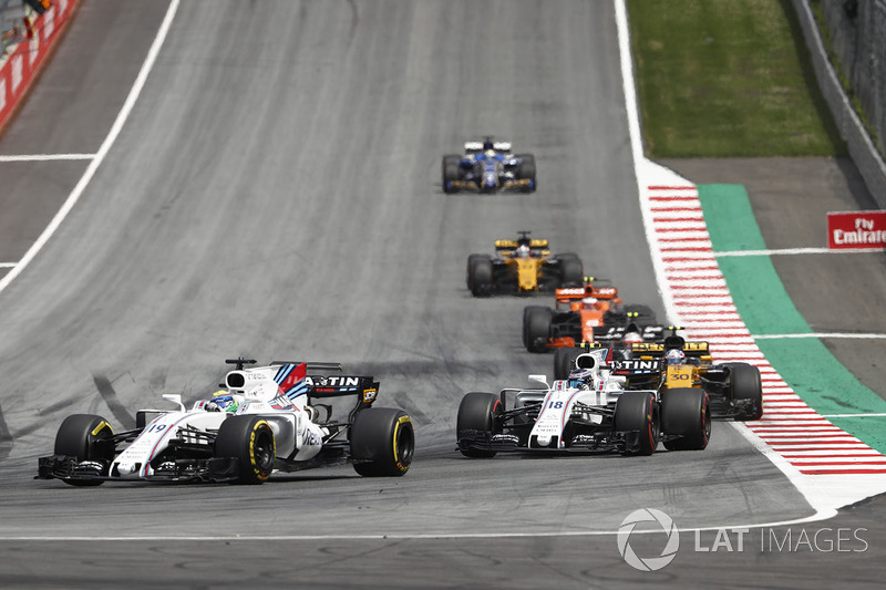 Felipe Massa, Williams FW40, Lance Stroll, Williams FW40, Jolyon Palmer, Renault Sport F1 Team RS17