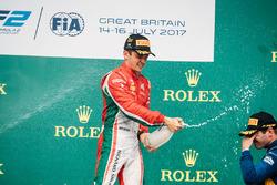 Podium: race winner Charles Leclerc, PREMA Powerteam, third place Oliver Rowland, DAMS