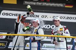 Podium: Luca Engstler, Liqui Moly Team Engstler, VW Golf GTI TCR, Pascal Eberle, Steibel Motorsport, Seat Leon TCR, Moritz Oestreich, Honda Team ADAC Sachsen, Honda Civic Type R-TCR