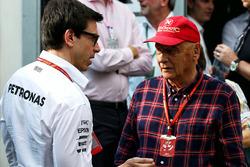 Toto Wolff, Mercedes AMG; Niki Lauda, Mercedes