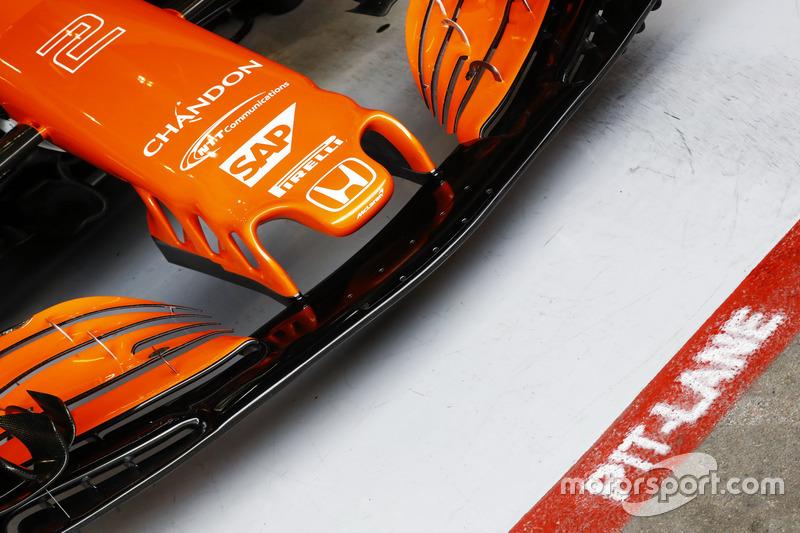 Detalle frontal del ala y la nariz de la Stoffel Vandoorne, McLaren MCL32