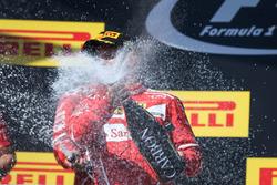Обладатель второго места гонщик Ferrari Кими Райкконен