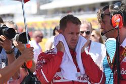 Sebastian Vettel, Ferrari, Riccardo Adami, Ferrari-Renningenieur
