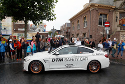Maxime Martin, BMW Team RBM, BMW M4 DTM in de BMW M4 GTS DTM Safety Car