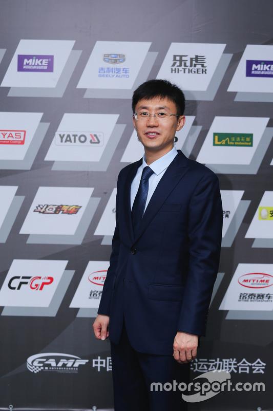 王峰,铭泰赛车总经理