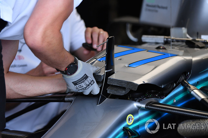 Mercedes-AMG F1 W09 nose detail