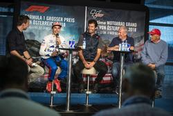 Marc Márquez, Mark Webber, Dr. Helmut Marko y Niki Lauda