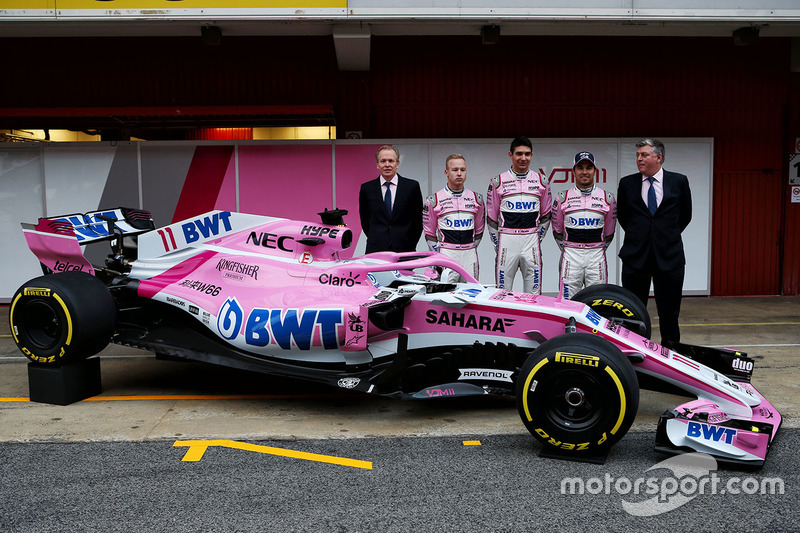 Andrew Green, Sahara Force India F1 Technical Director, Nikita Mazepin, Sahara Force India F1, Esteban Ocon, Sahara Force India F1, Sergio Perez, Sahara Force India and Otmar Szafnauer, Sahara Force India Formula One Team Chief Operating Officer, the new S