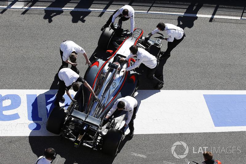 2015: McLaren MP4-30 Honda (одно пятое место, 9-е место в КК)