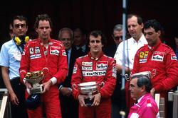 Podium: race winner Alain Prost, McLaren, second place Gerhard Berger, Ferrari, third place Michele Alboreto, Ferrari