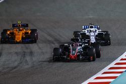 Romain Grosjean, Haas F1 Team VF-18 Ferrari, Lance Stroll, Williams FW41 Mercedes, and Stoffel Vandoorne, McLaren MCL33 Renault
