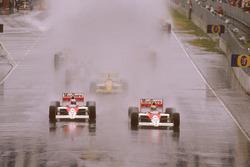 Ayrton Senna, McLaren MP4/5 Honda and Alain Prost, McLaren MP4/5 Honda, Pierluigi Martini, Minardi M189 Ford