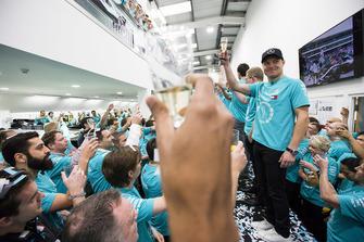 Valtteri Bottas, Mercedes AMG F1 celebración del Campeonato Mundial.