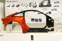 iStream Carbon chassis