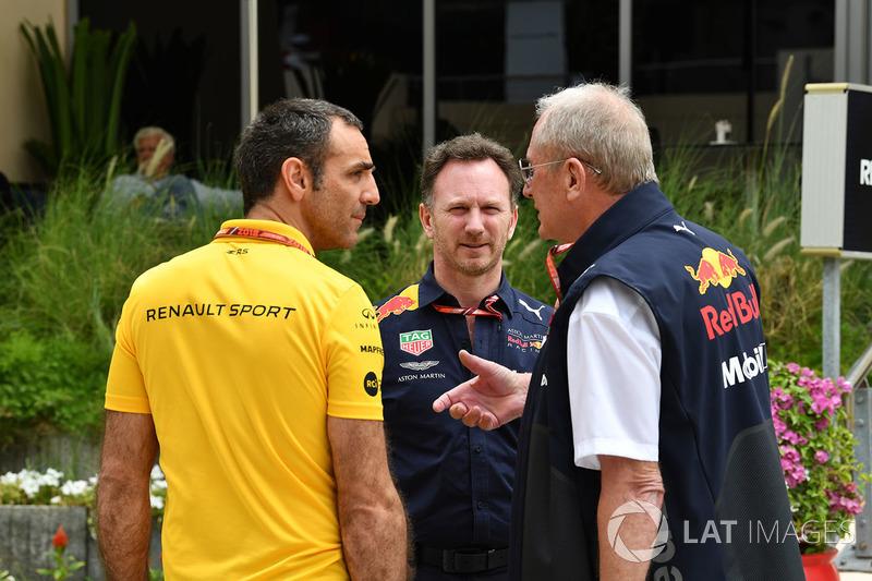 Christian Horner, director del equipo Red Bull Racing, Dr. Helmut Marko, consultor de Red Bull Motorsport y Cyril Abiteboul, director general de Renault Sport F1