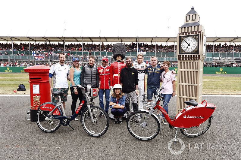 Гран Прі Великої Британії. Стоффель Вандорн, McLaren, Марк Жене, Ferrari, Дженсон Баттон, McLaren, Наталі Пінхем