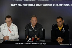 Andy Cowell, Managing Director, Mercedes AMG High Performance Powertrains, Jonathan Neale, McLaren Managing Director and Cyril Abiteboul, Renault Sport F1 Managing Director in the Press Conference