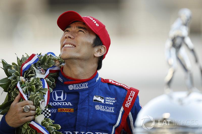 "<img src=""https://cdn-0.motorsport.com/static/img/cfp/0/0/0/100/110/s3/japan-2.jpg"" alt="""" width=""20"" height=""12"" />Такума Сато, Andretti Autosport (IndyCar, 8-е место в общем зачете, 441 очко, победа в Indy 500)"