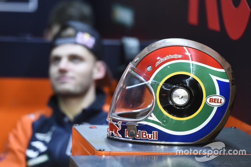 Helm von Brad Binder, Red Bull KTM Ajo