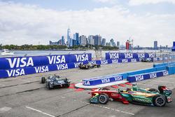 Adam Carroll, Jaguar Racing, y Daniel Abt, ABT Schaeffler Audi Sport