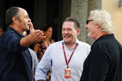 Gerhard Berger with Jos Verstappen and Flavio Briatore