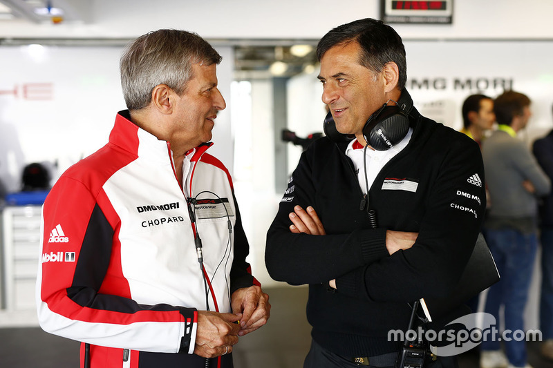 Michael Steiner, Miembro de la Junta Ejecutiva de Investigación y Desarollo de Porsche AG, y Fritz E