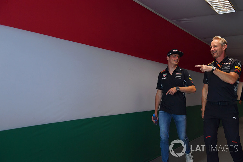 Макс Ферстаппен, Red Bull Racing RB13, командний менеджер Red Bull Racing Джонатан Вітлі
