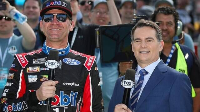 Bowyer on working with Gordon: 'Mike Joy, going to have his hands full'