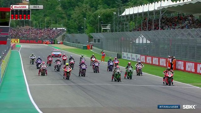 WorldSBK Imola: Race 1 start