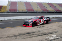 Teams prepare for MIS race at test session