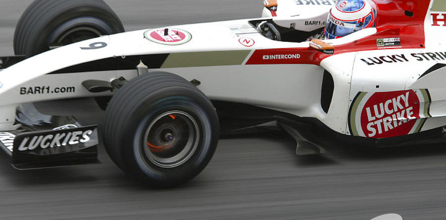 Button sets pace in Bahrain GP Saturday practices