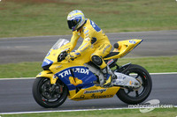 Tamada steals pole position for home GP