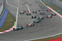 Alonso victorious in tense Malaysian GP