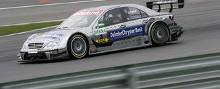 DTM Paffett takes dominant victory at Lausitz