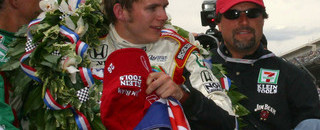 IndyCar IRL: Wheldon wins the big one in Indianapolis