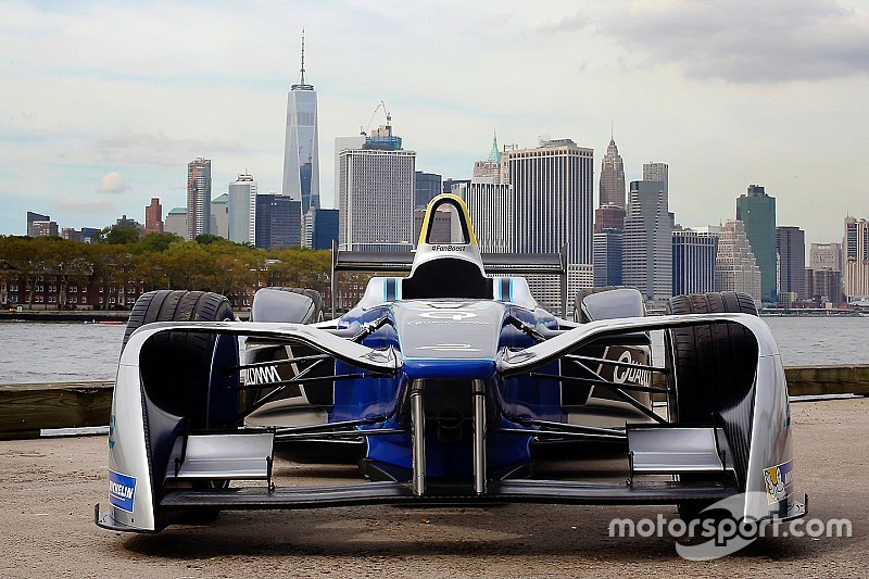 VIDEO: Nelson Piquet y la Fórmula E toman las calles de NY