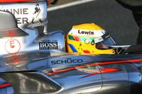 Hamilton fastest on last day at Valencia