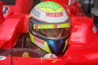 Ferrari leads on first day at Bahrain