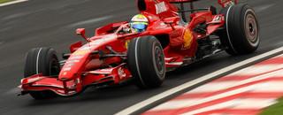 Formula 1 Massa delights crowds with Brazilian GP pole