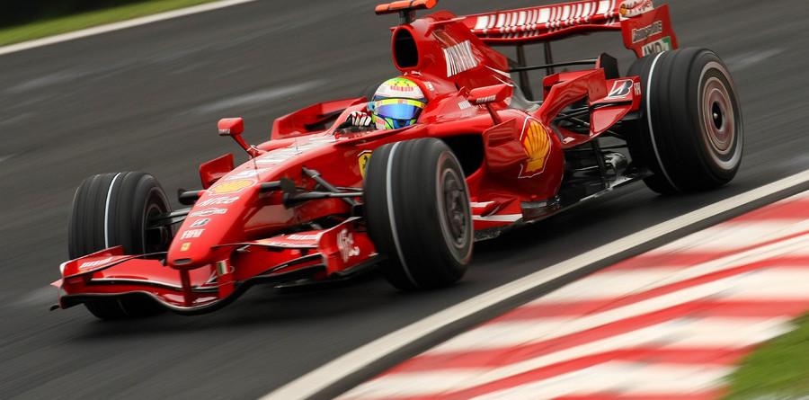 Massa delights crowds with Brazilian GP pole