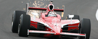 IndyCar Dixon and Wheldon lead at rainy Indy