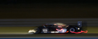 Le Mans Peugeot ahead of Audi in hour 11