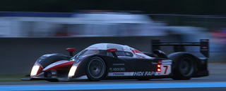 Le Mans Peugeot, Villeneuve up front at halfway