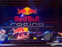 Infiniti joins Formula One with the 2010 champions