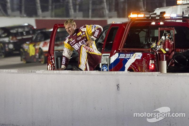 Clint Bowyer Darlington race report