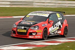 BTCC AmD Milltek Racing Ready For Oulton Park