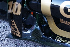 Formula 1 Renault Looks To Scrap Front-Exit Exhausts