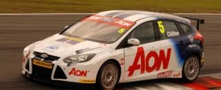 BTCC Chilton takes Knockhill pole