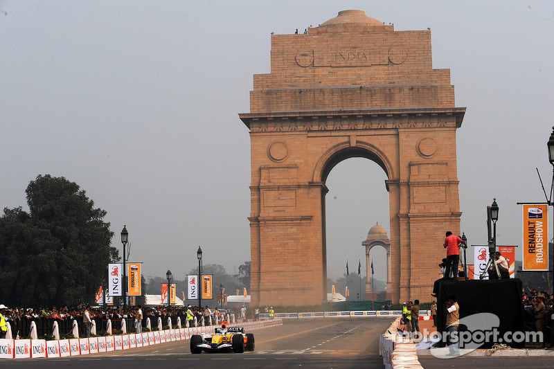 Delhi terror no problem for F1 - Chandhok